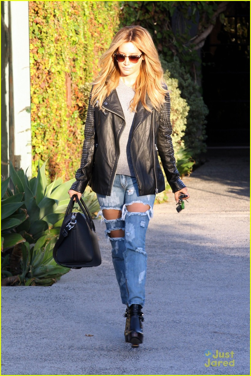 ashley tisdale reason for salon visits now 09