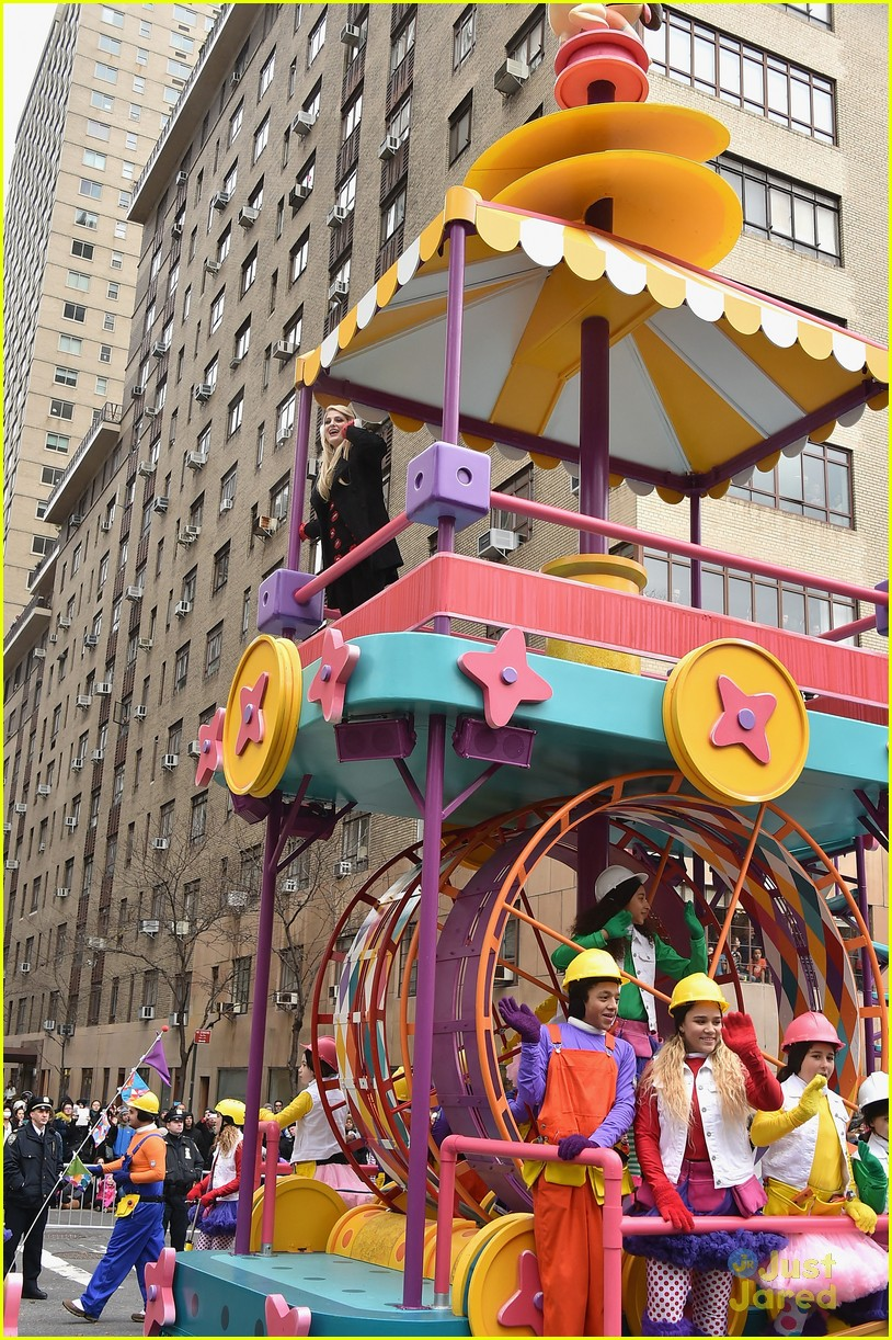 Macys Thanksgiving Day Parade Accident