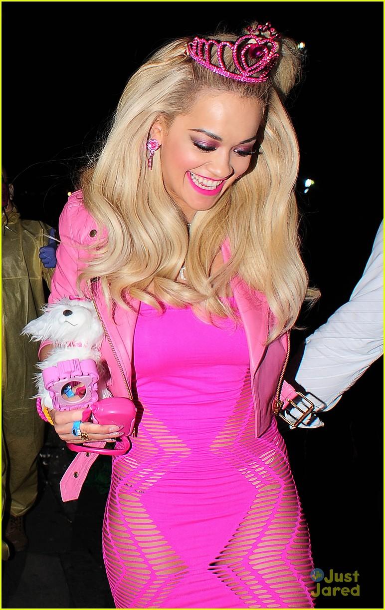 rita ora barbie halloween costume 03 - Halloween Costume Barbie