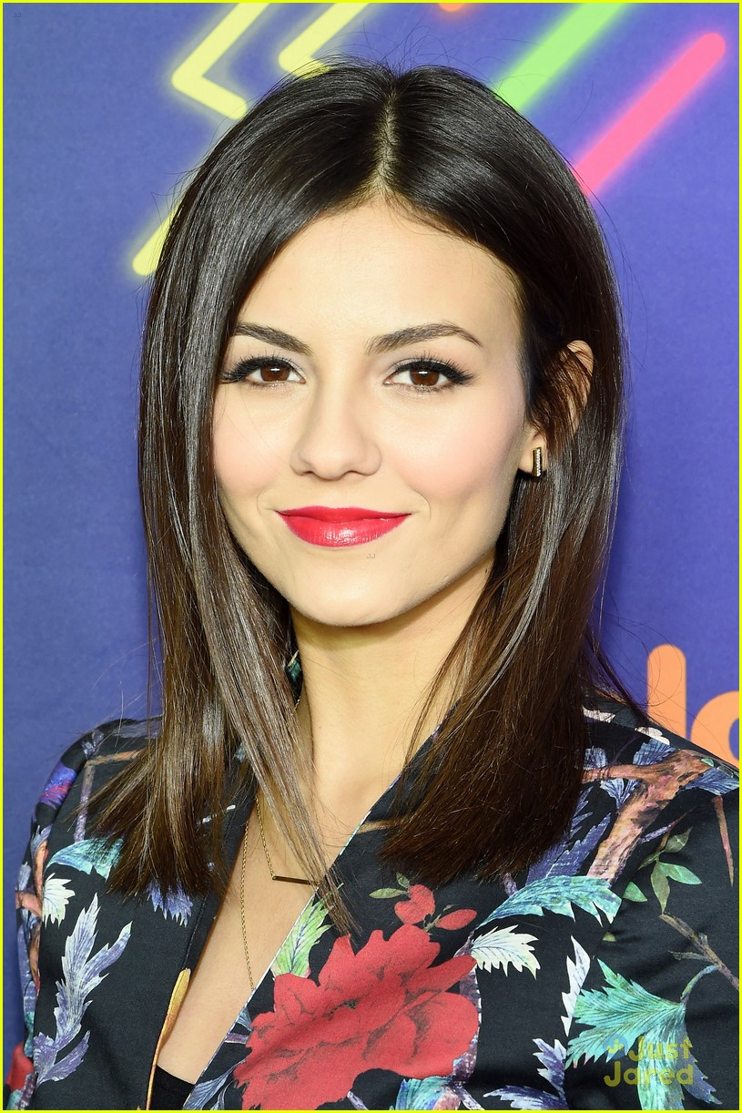 victoria justice leon matt reunion 2014 halo awards 01
