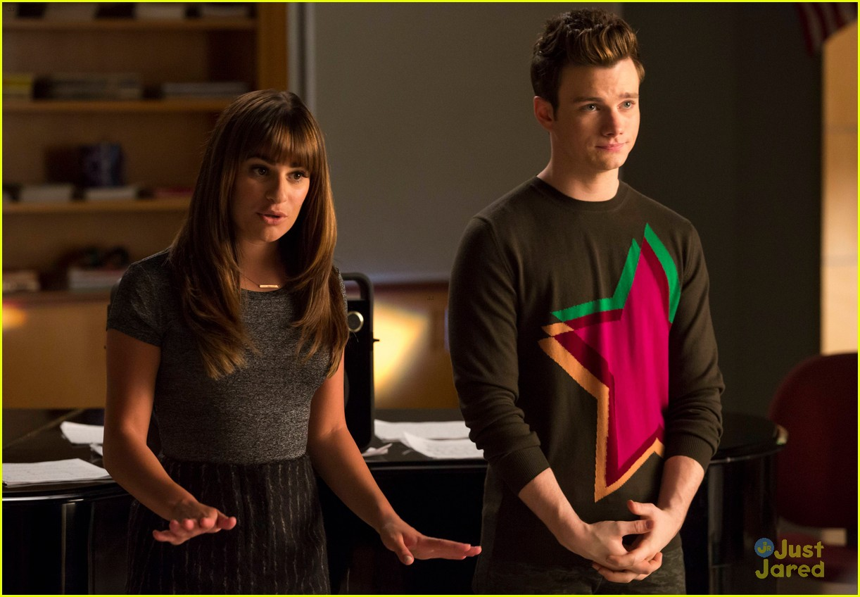 glee fanfiction rachel dating Puck begins dating rachel berry (lea michele), the glee club lead vocalist, after his mother urges him to find a jewish girlfriend rachel is initially resistant, .