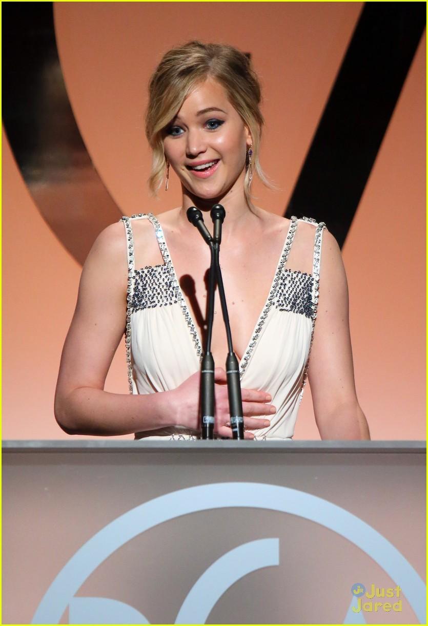 Jennifer Lawrence Jokes During PGA Speech: 'The Hunger Games' Was ...