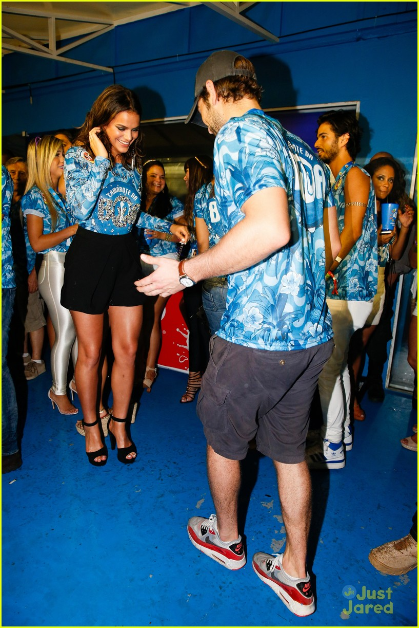 chace crawford makes out with a brazilian singer in rio 21