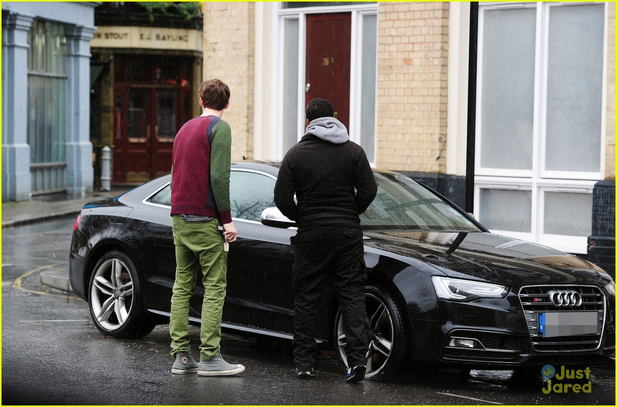 photo of Eddie Redmayne Audi - car