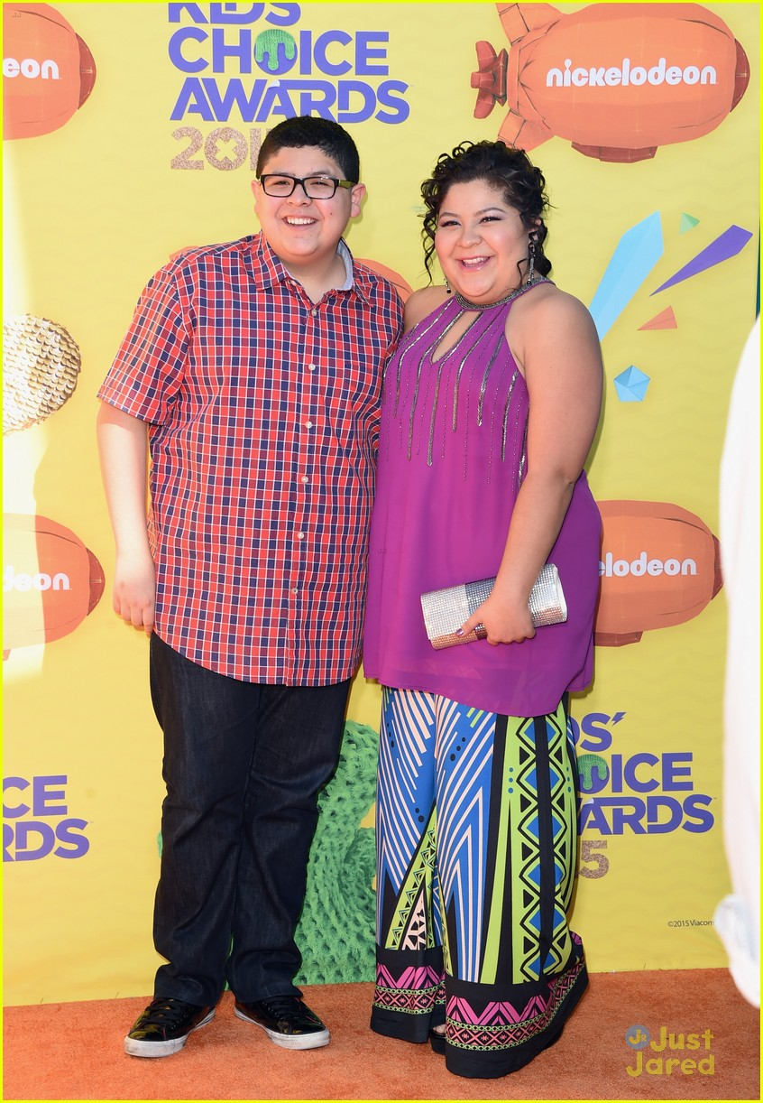 Ross Lynch  amp  Raini Rodriguez Brought The Whole Family To The Kids    Ross Lynch Whole Family