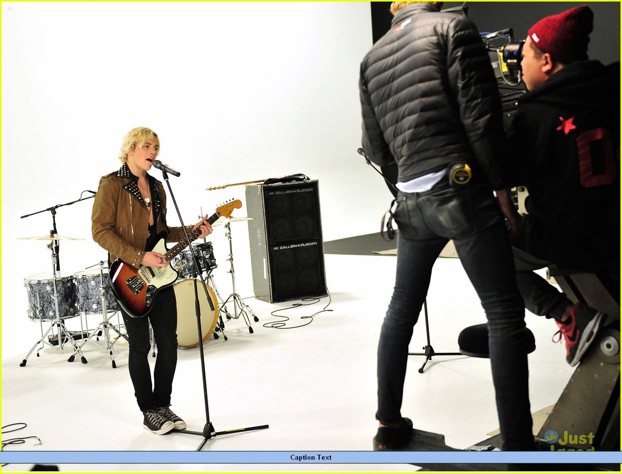 r5 lets not be alone tonight pics teaser video 04