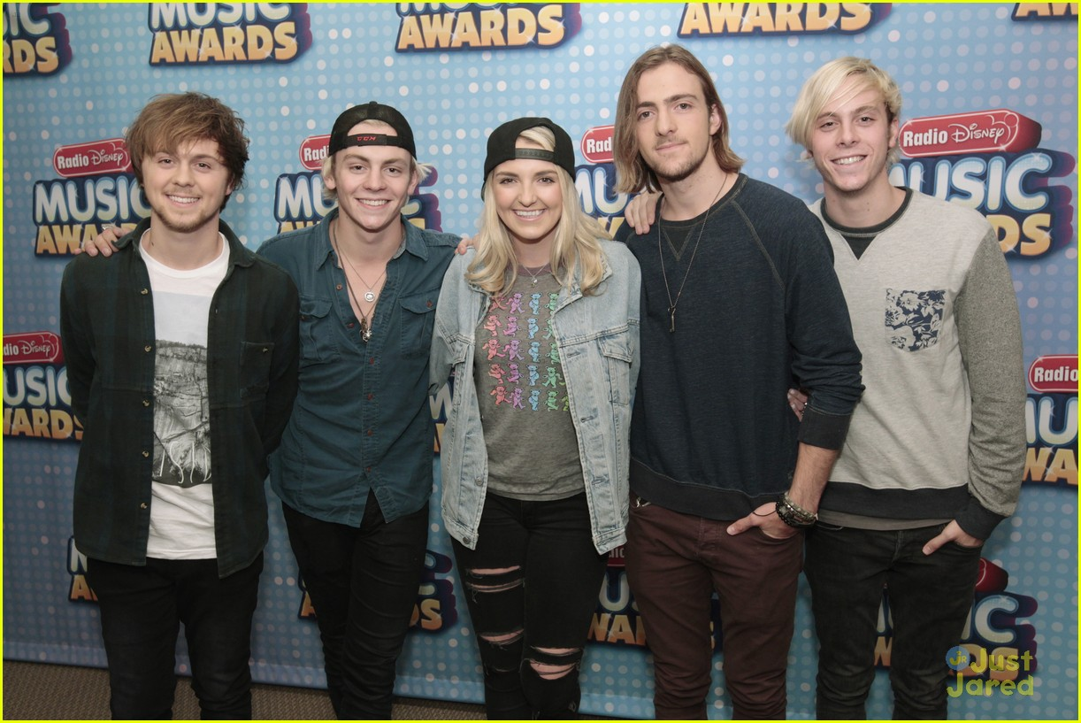 r5 takeover radio disney today 03