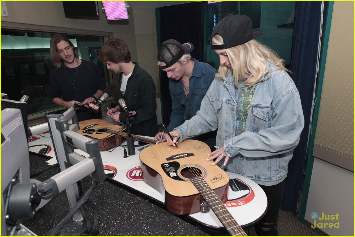 r5 takeover radio disney today 04