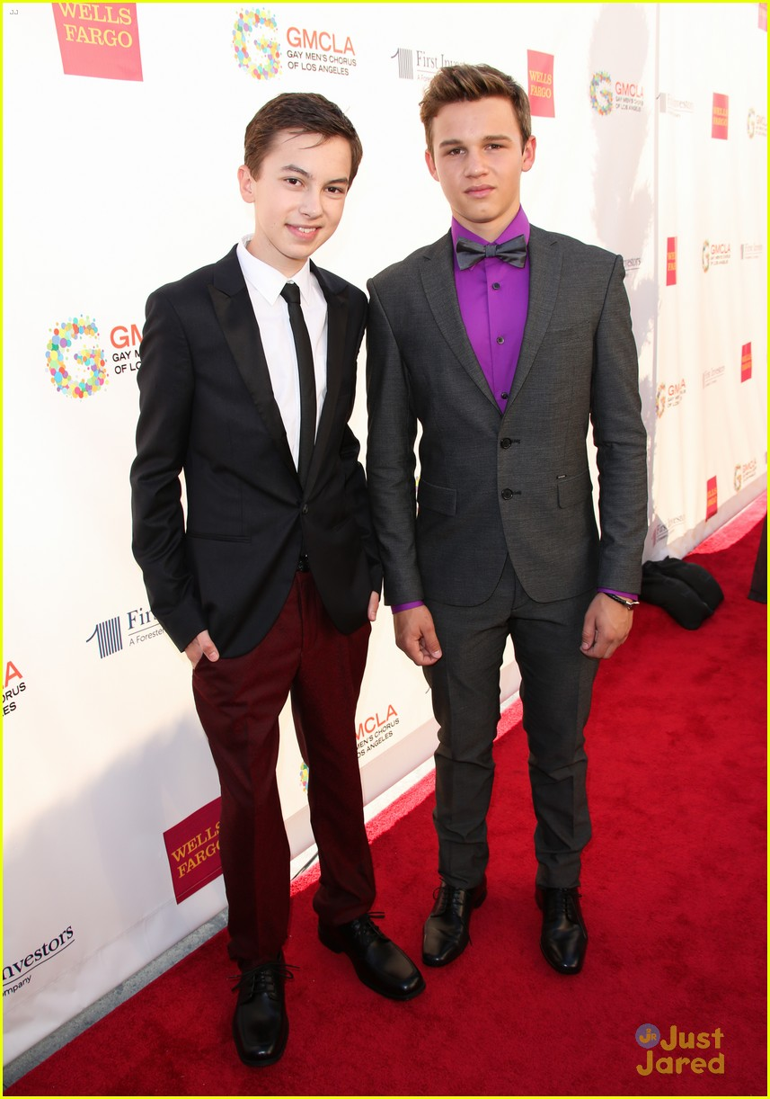 Are gavin macintosh and hayden byerly dating. ang dating daan bible exposition youtube movies.