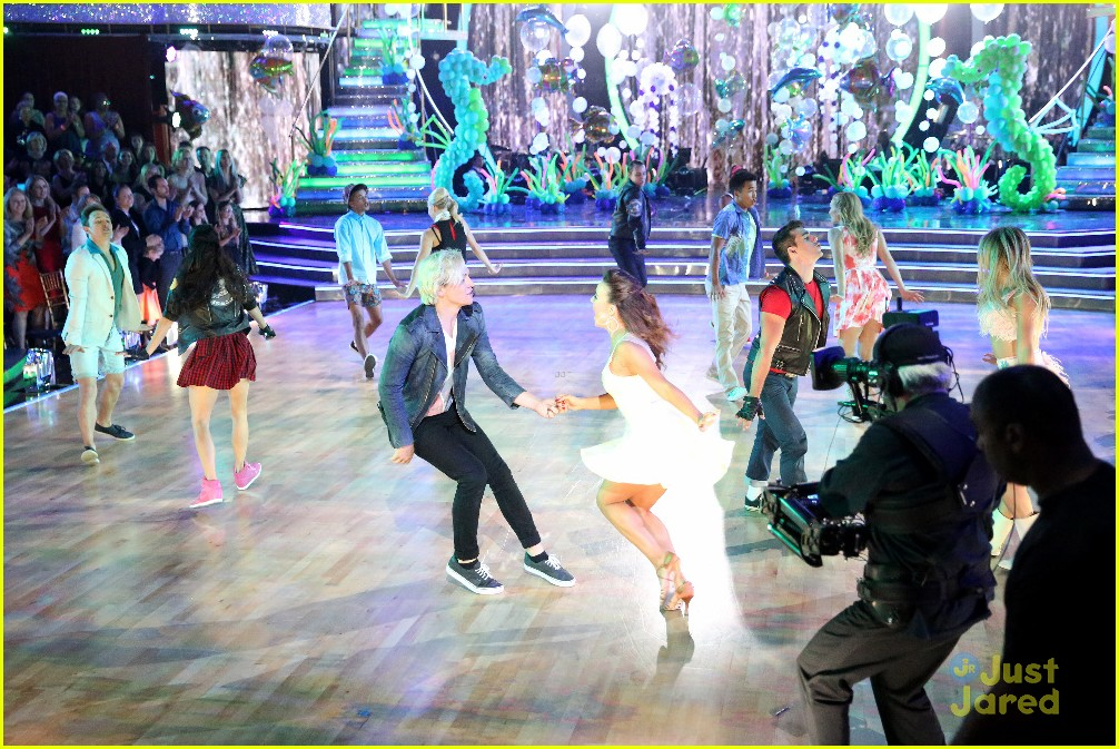ross lynch teen beach 2 cast dwts pics 03