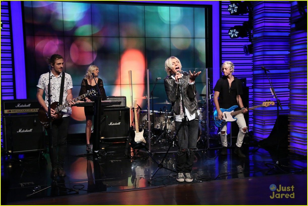 r5 all night live kelly michael 01