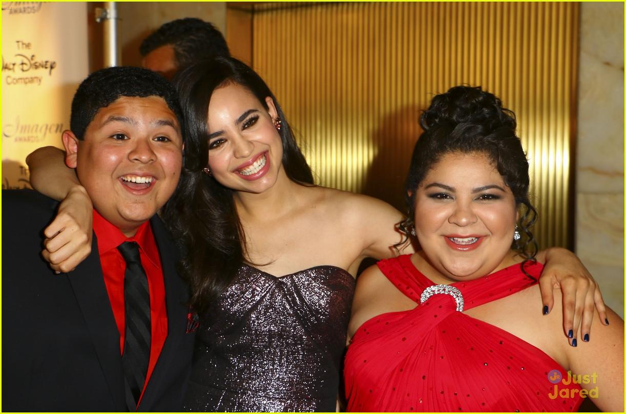 sofia carson raini rodriguez 2015 imagen awards 07