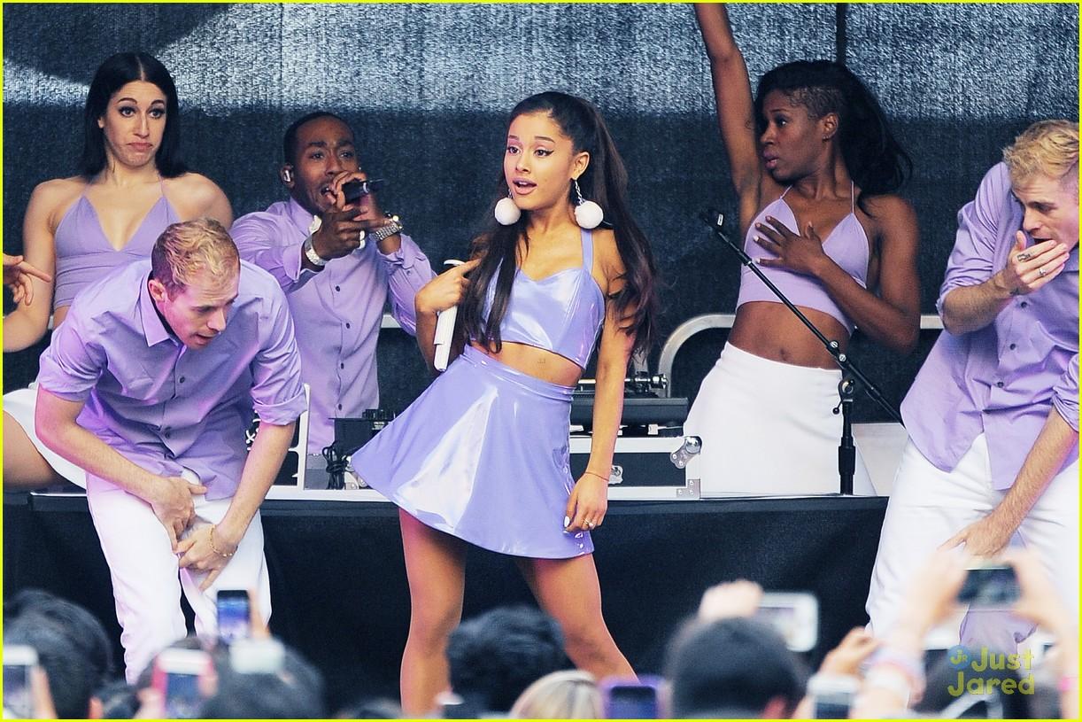 Ariana Grande Performs a Free Ariana Grande And Justin Bieber Tumblr 2013