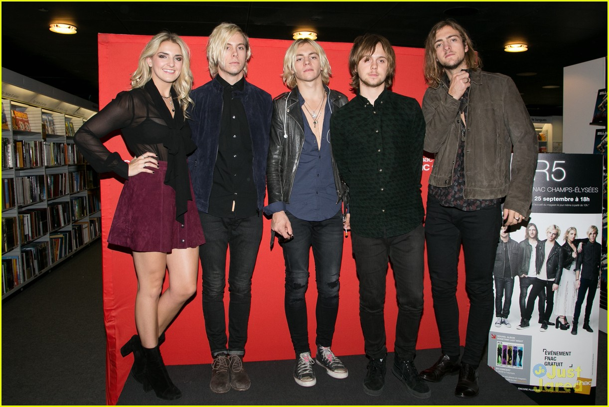 r5 meet greet sometime last night tour paris 06