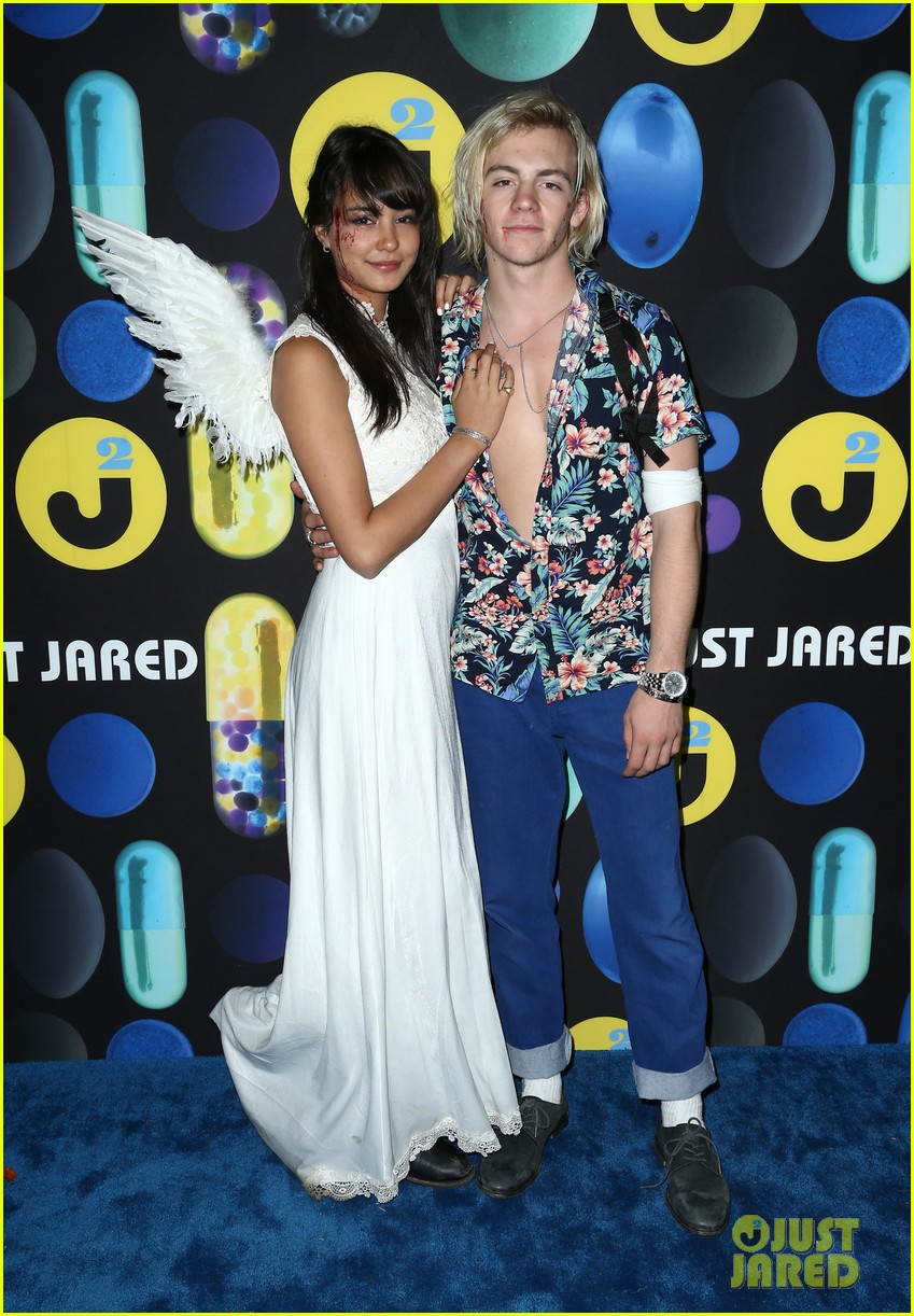 ross lynch courntey eaton just jared halloween party 11