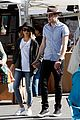 Sarah-dominic sarah hyland dominic sherwood farmers market shadow puppets 01