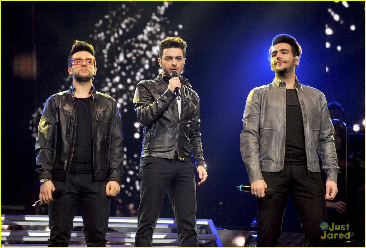 il volo milan italy close europe tour out 07