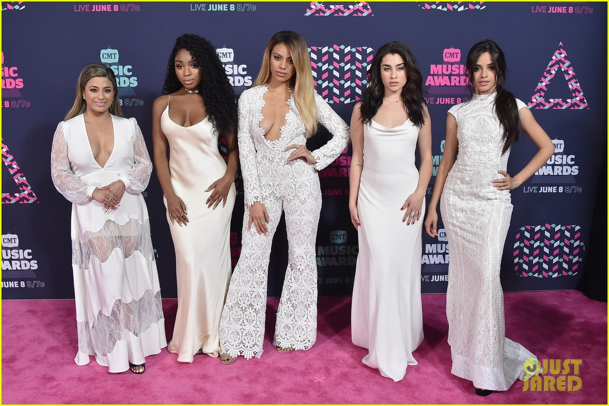 fifth harmony 2016 cmt awards carpet 04