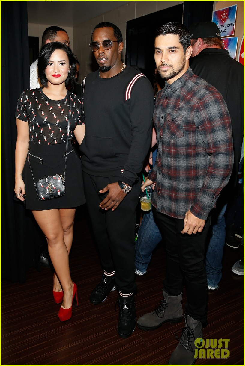 wilmer valderrama dating demi lovato 2017 Though she's been very private about boyfriend wilmer valderrama in the past, demi lovato is opening up about her relationship.