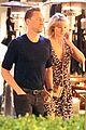 Swift-romdate taylor swift tom hiddleston hold hands for romantic dinner date 02
