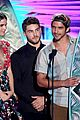 Wolf-teen teen wolf cast teen choice awards 05