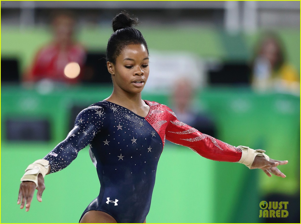 gabby douglas floor routine - photo #46