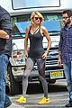 Swift-frimorn taylor swift starts weekend with friday morning workout 01