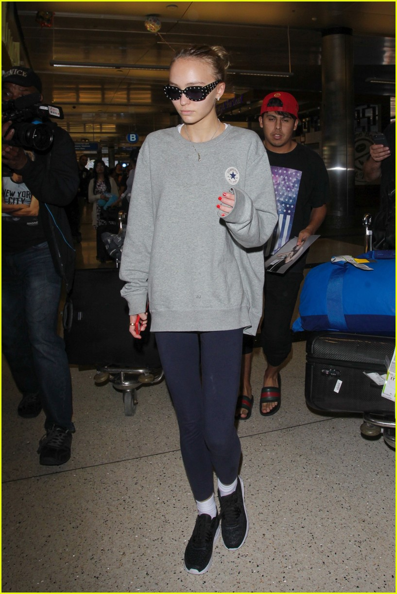 lily rose depp heads back to la after the dancer premiere 03