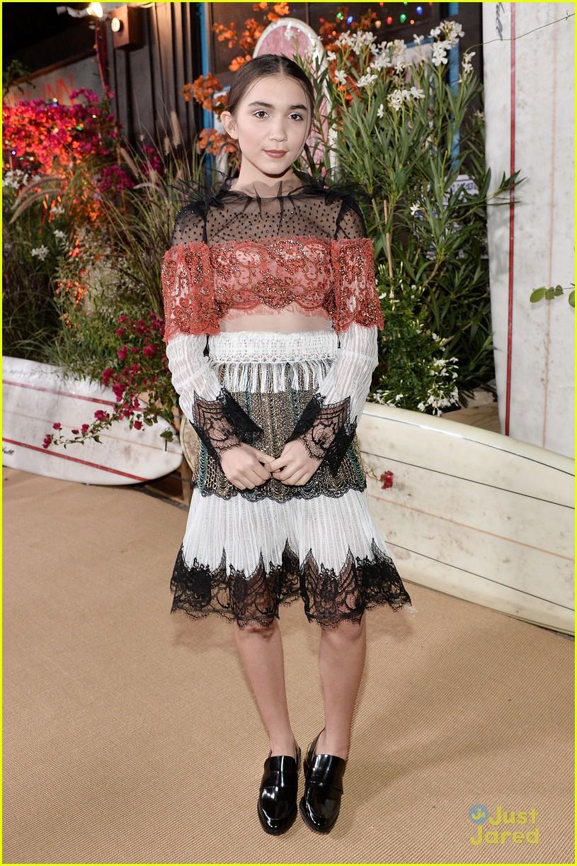 Rowan Blanchard & Sabrina Carpenter Party Together at Teen Vogue's ...