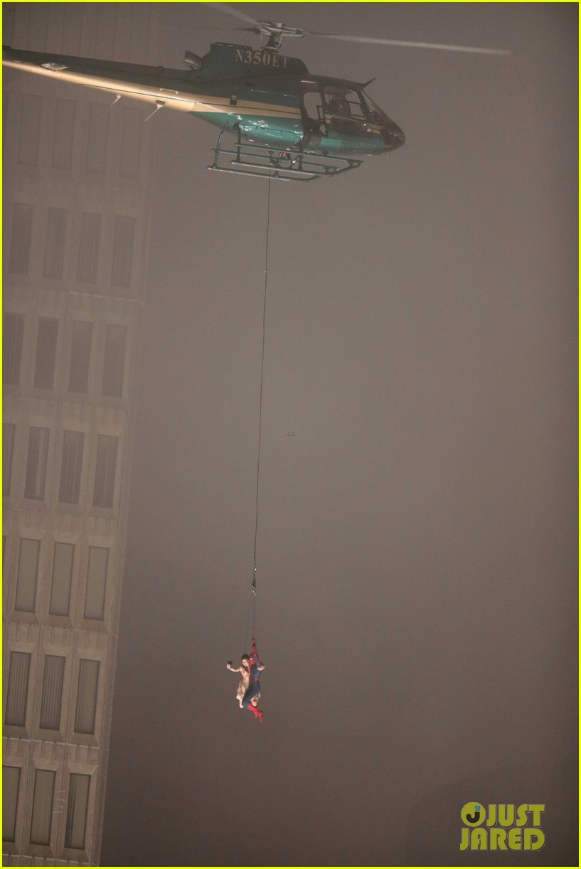 spider man stunt doubles helicopter scene 13