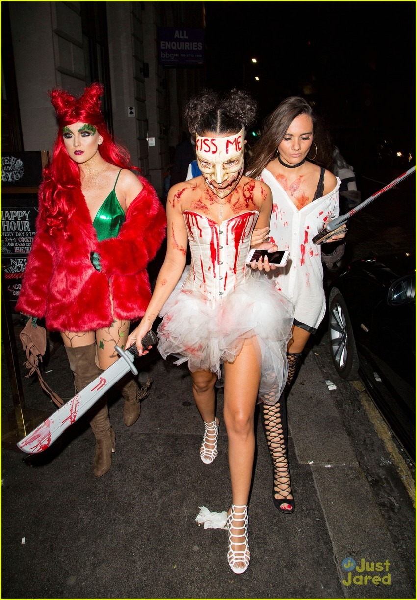 294774 Natalie Alyn Lind Boyfriend as well Bamse 1 in addition Alien Movie Costume From James Camerons also Michelle Collins besides Ninja Kostyme. on wizards of waverly place halloween