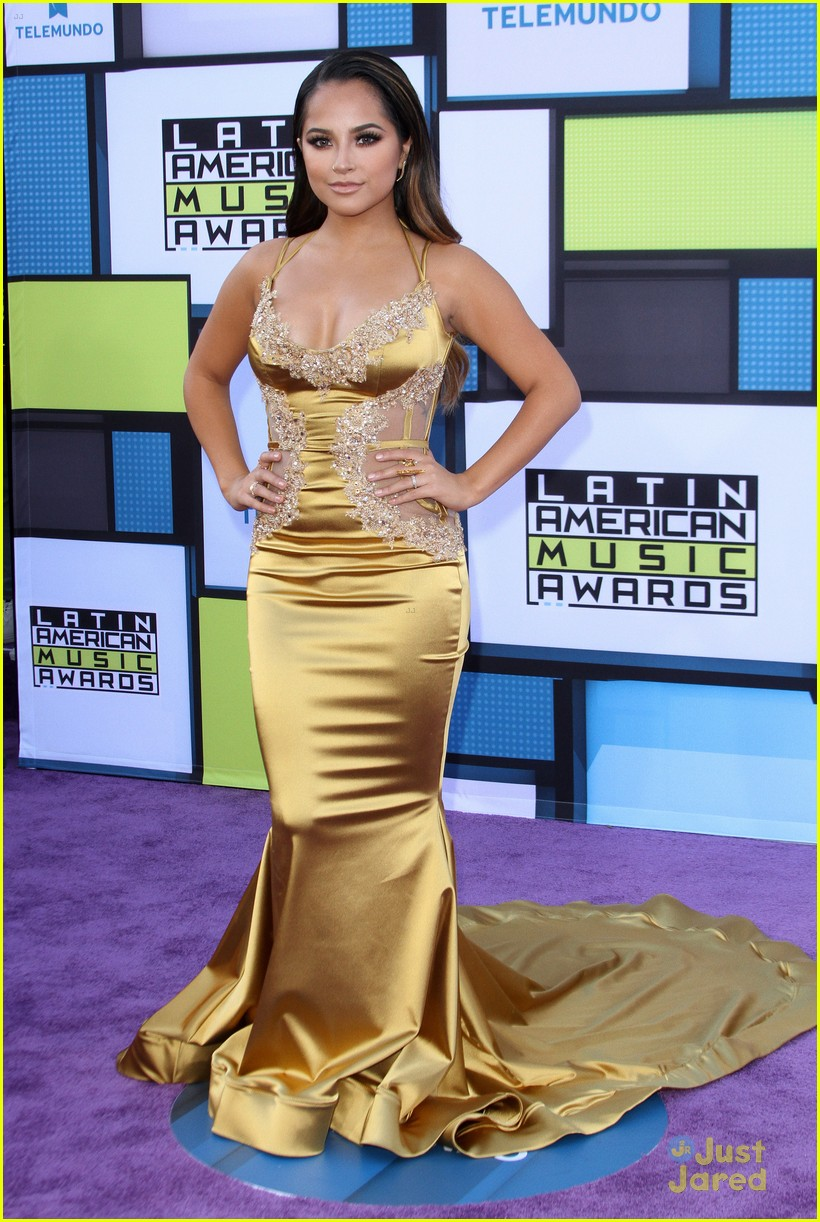 becky g made to be yellow ranger 01