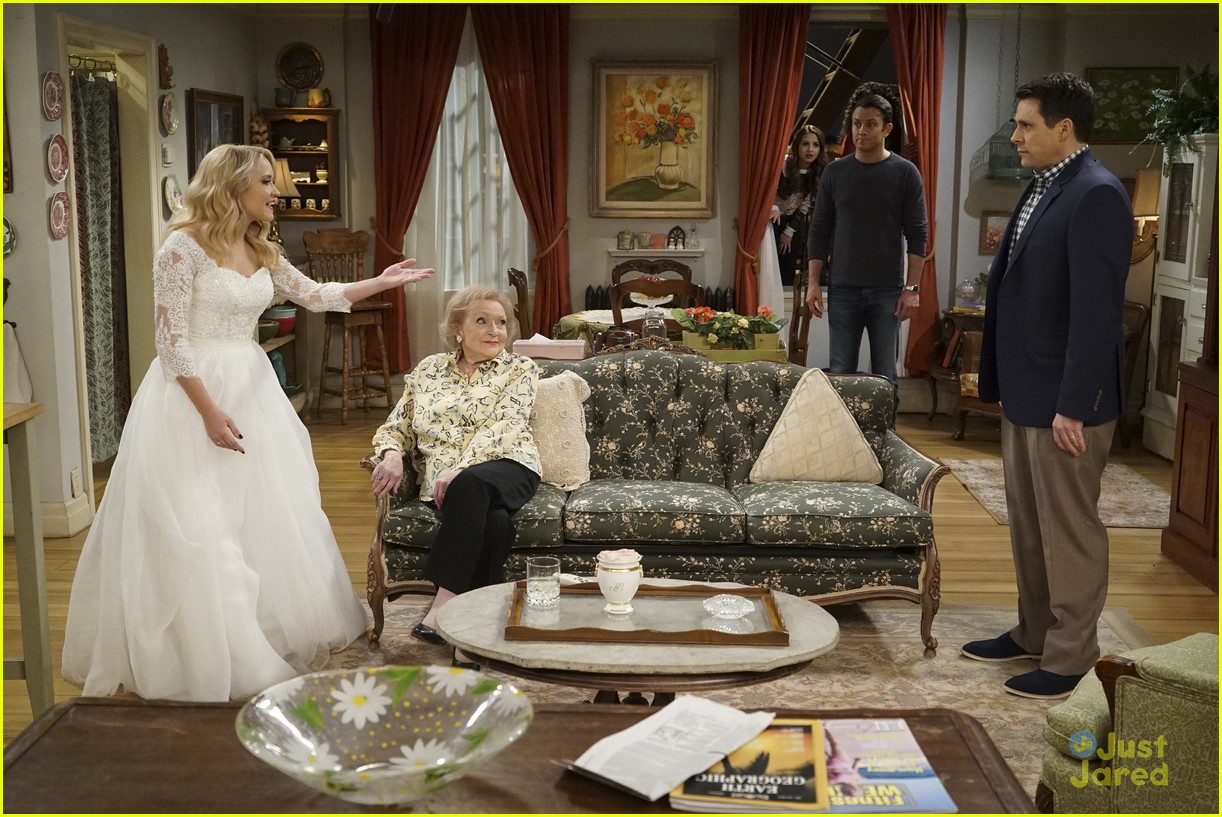 emily osment wedding dress episode betty white young hungry 11