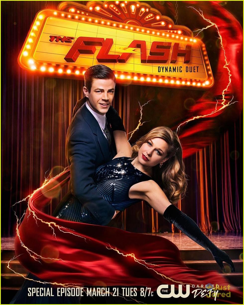 melissa benoist grant gustin flash supergirl musical 03