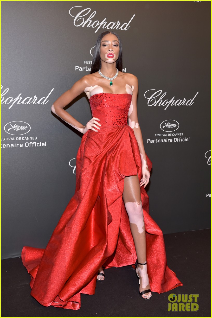 kendall jenner shines like a diamond at chopard space party 03