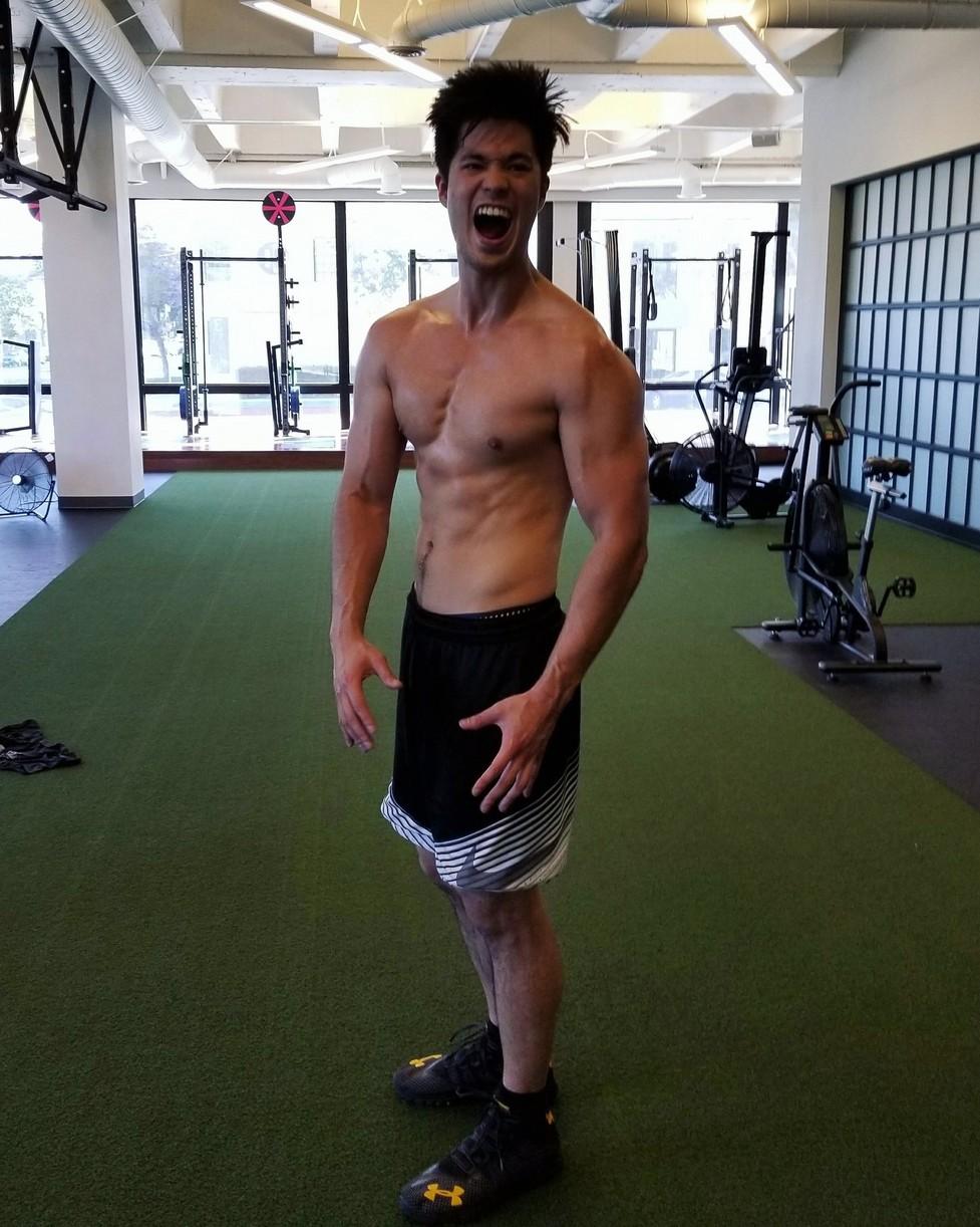 ross butler bday workout intense 02