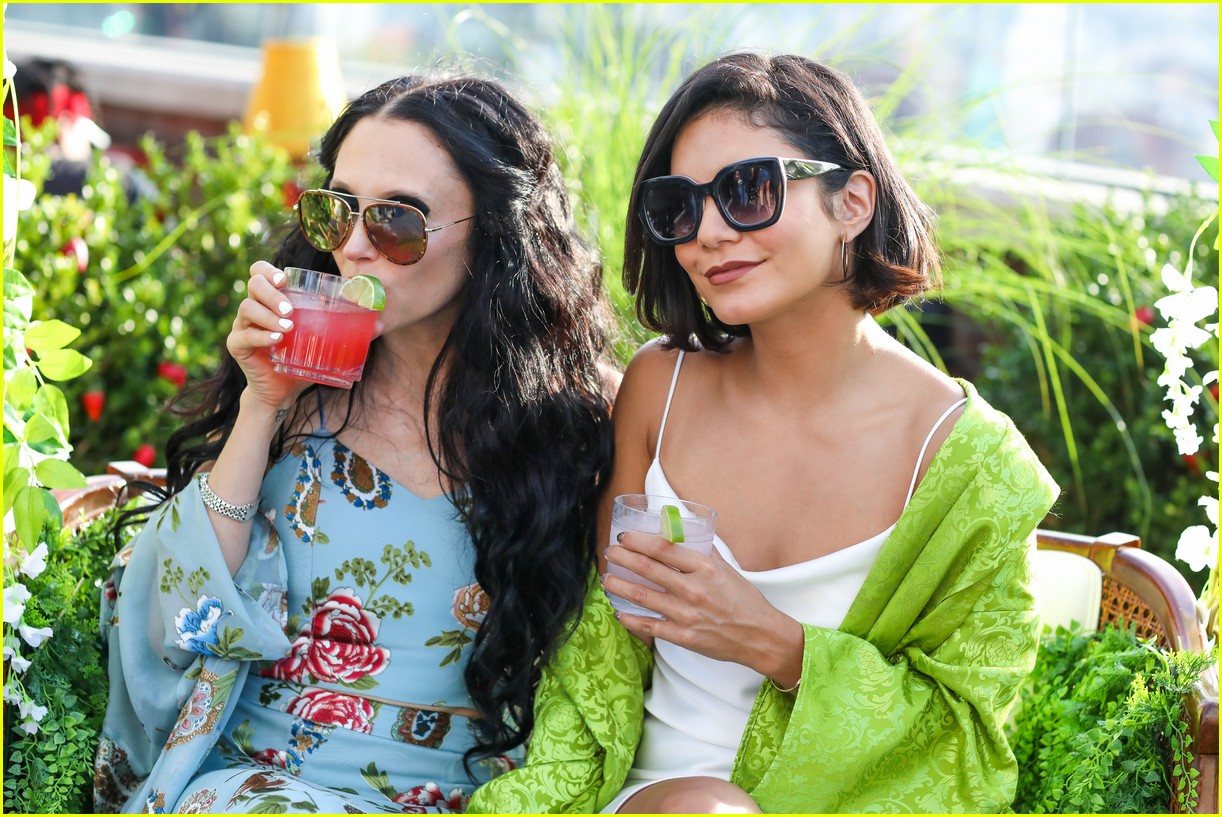 vanessa hudgens is feelingg the summer margarita vibes 03