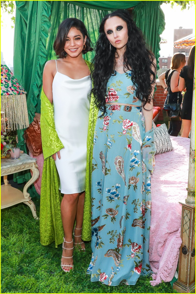 vanessa hudgens is feelingg the summer margarita vibes 04