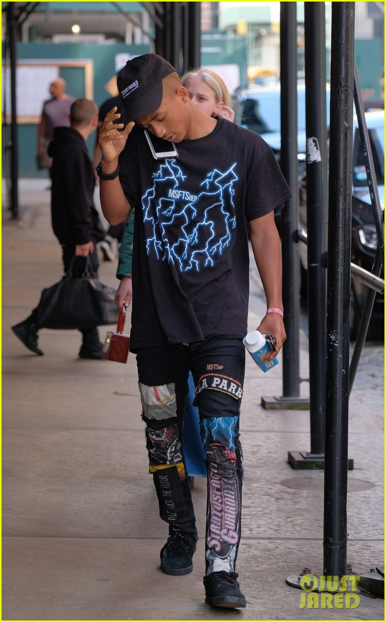 jaden willow smith moved out of parents house 09
