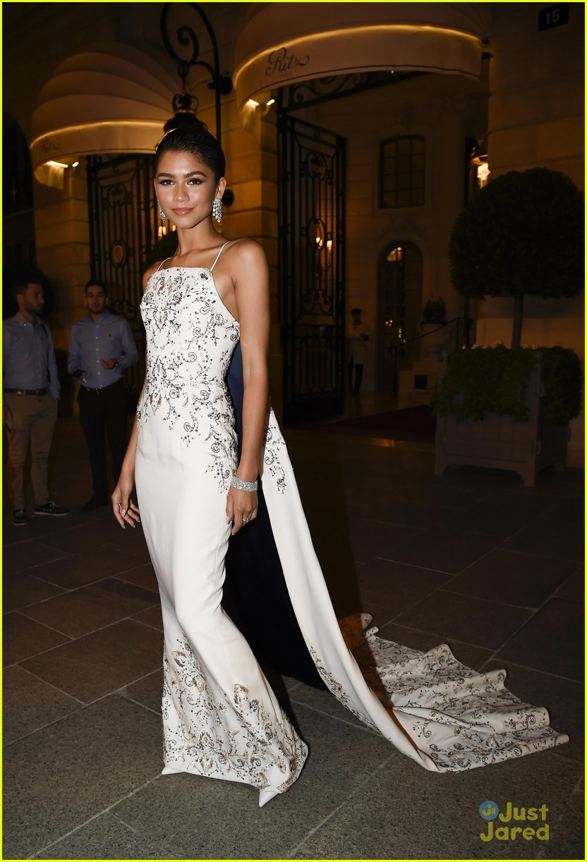 zendaya trapeze training ralph russo after party paris 01