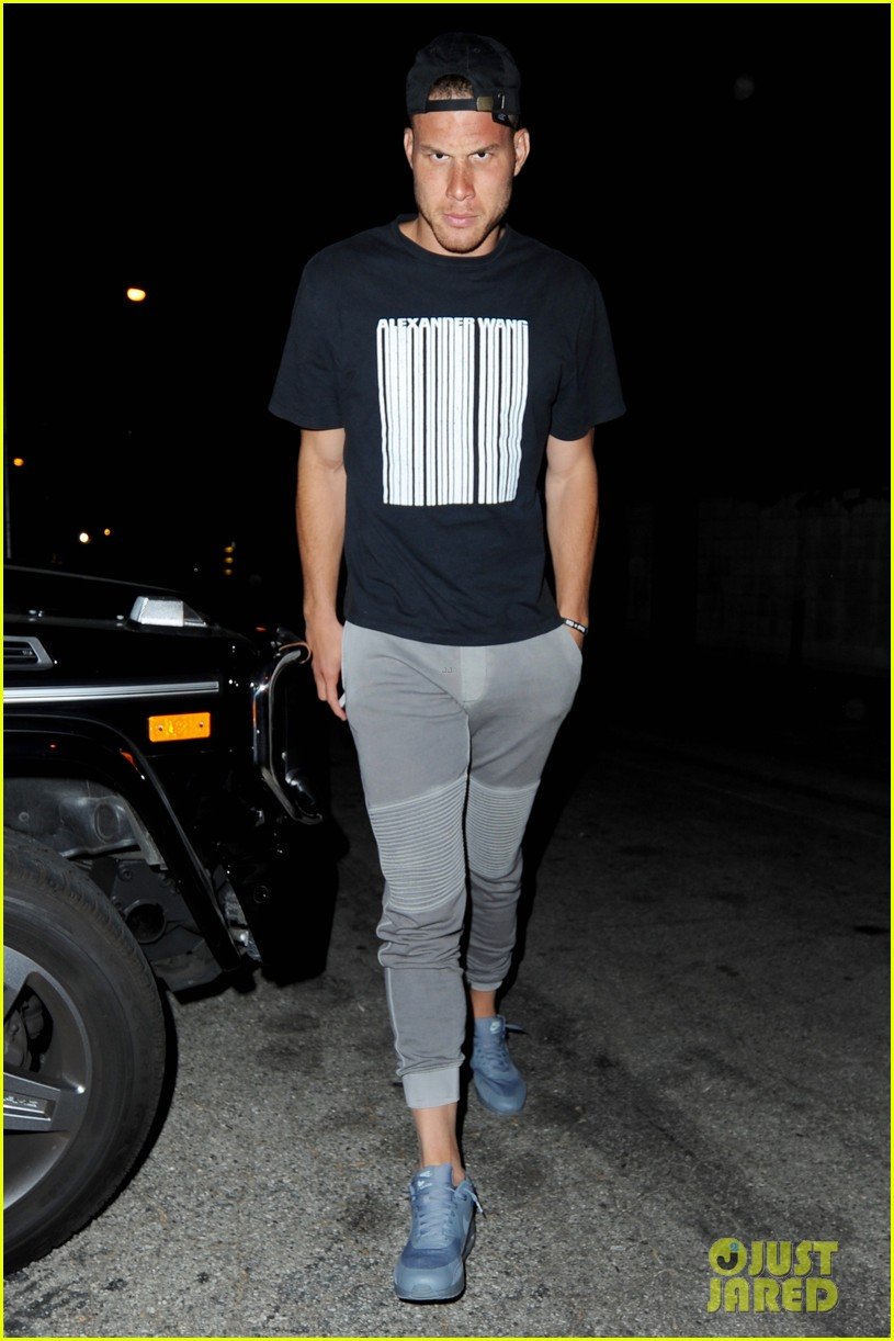 kendall jenner blake griffin dinner at craigs 05