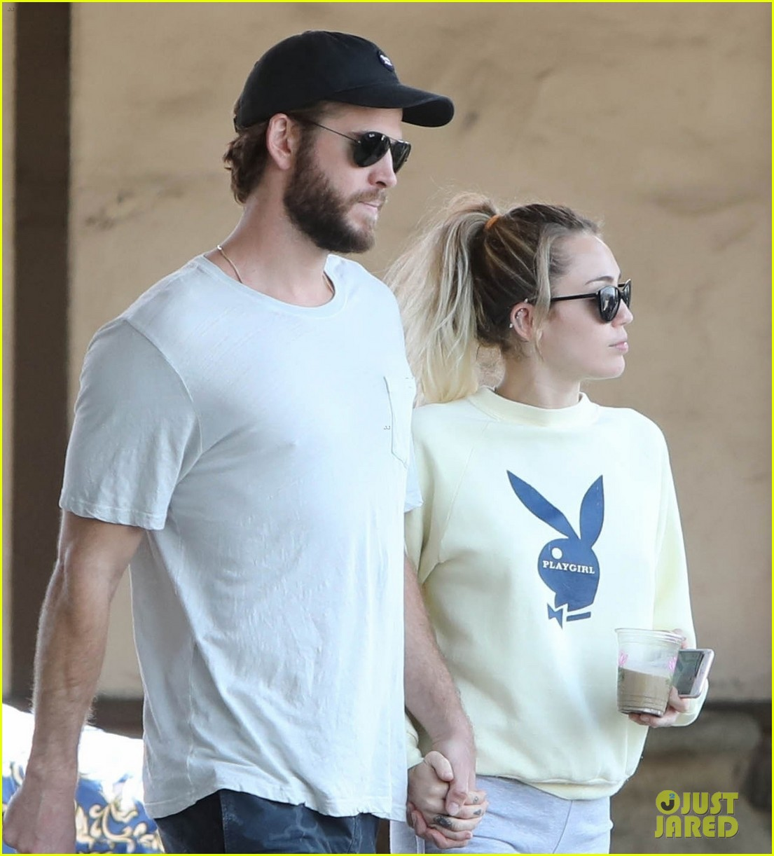 miley cyrus liam hemsworth hold hands for saturday morning date 02
