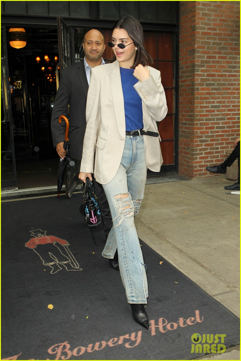 kendall jenner nyc hotel 05