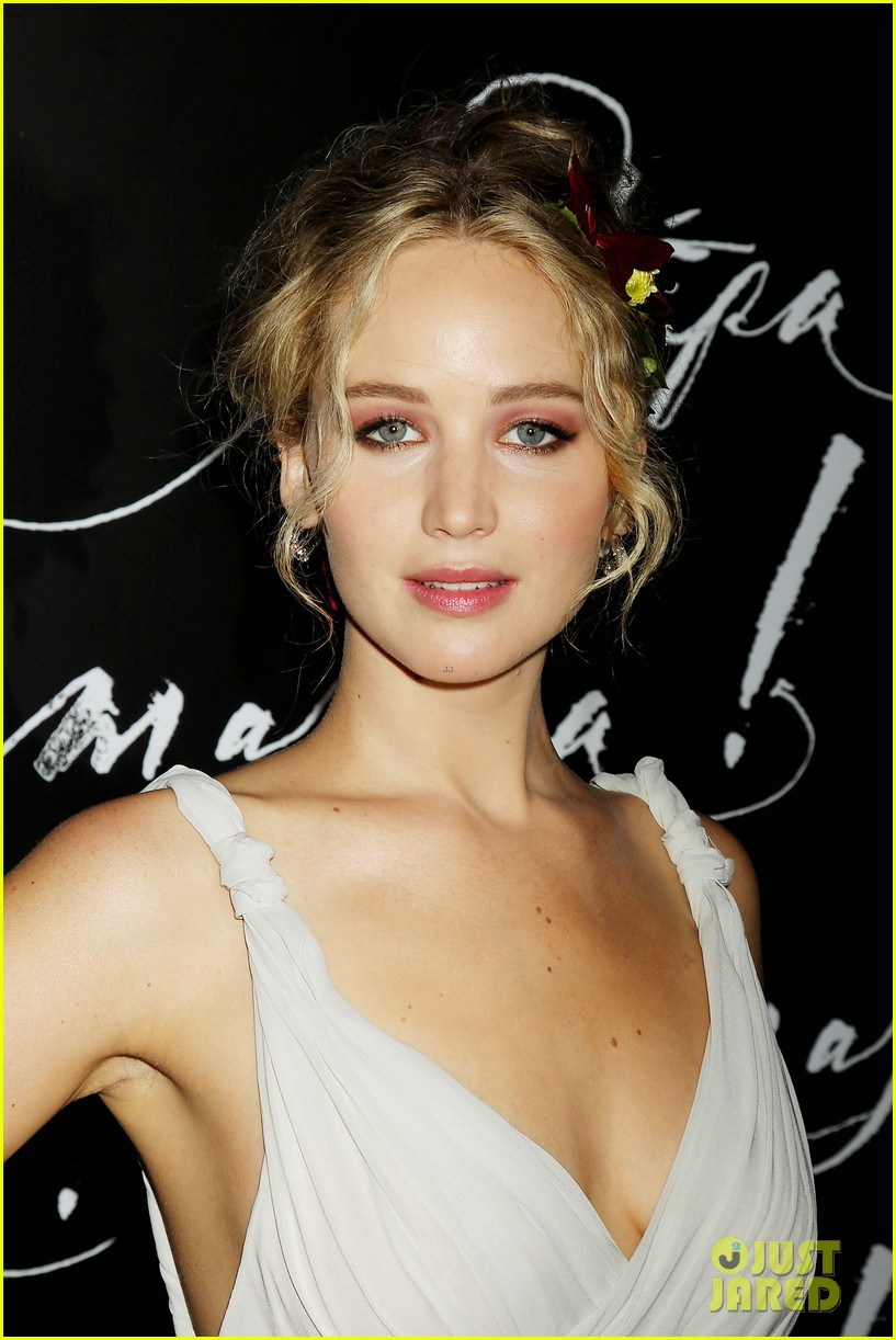 jennifer lawrence darren aronofsky mother nyc premiere 02