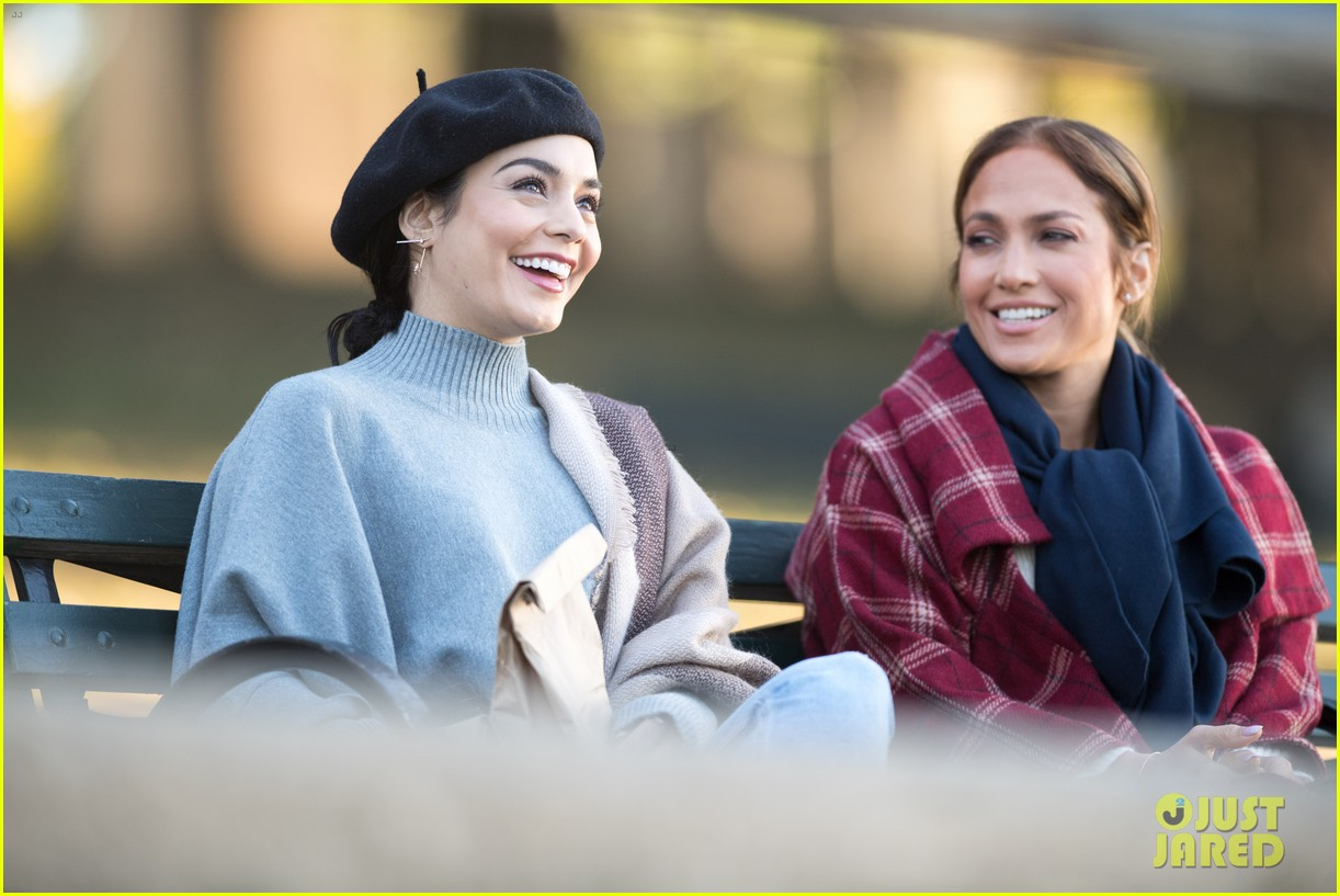 jennifer lopez vanessa hudgens film second act together 02