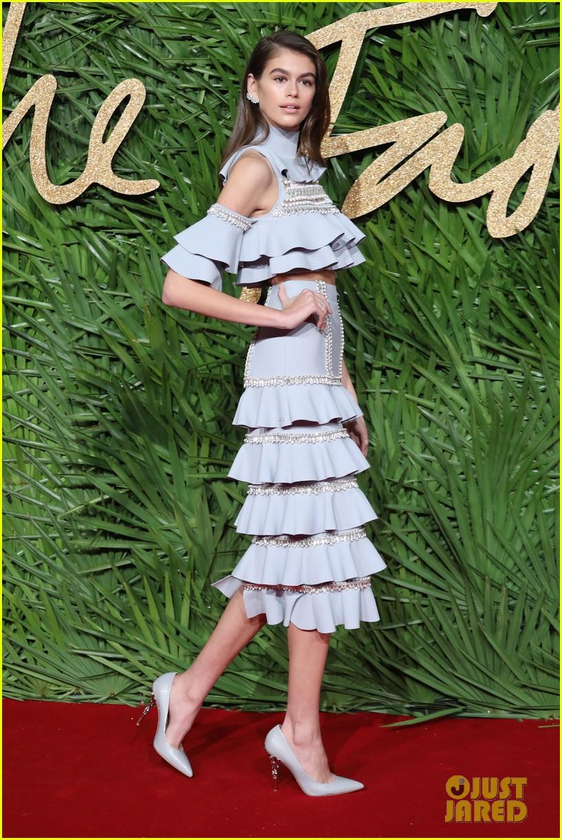 kaia gerber fashion awards 2017 05