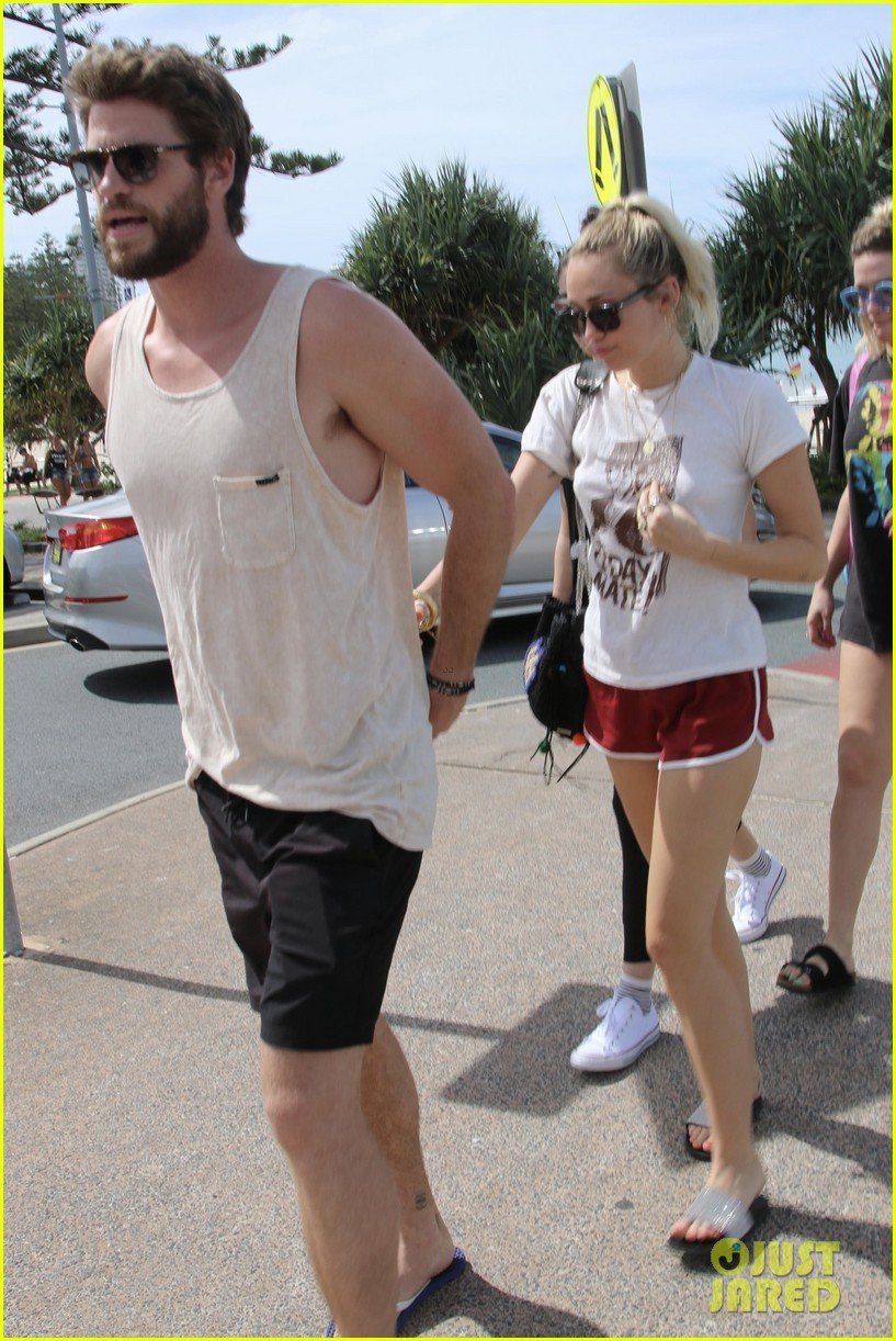 miley cyrus liam hemsworth 04
